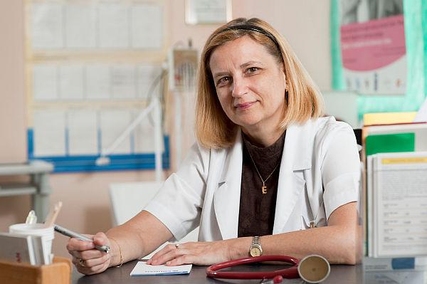 dr-Ewa-Czernicka_Cierpisz
